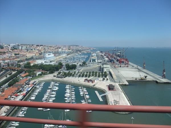 Порт с моста