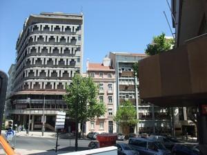 Лиссабон. Просто интересное здание