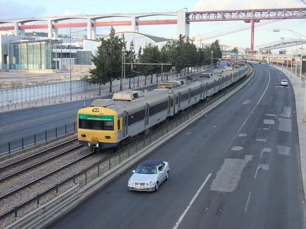 Лиссабон. Мост и дороги
