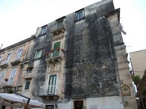Сицилия, Сиракузы, дом