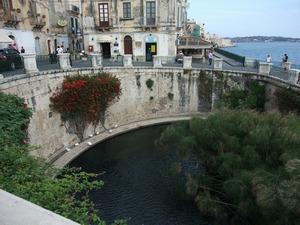 Сицилия, Сиракузы, фонтан Aretusa