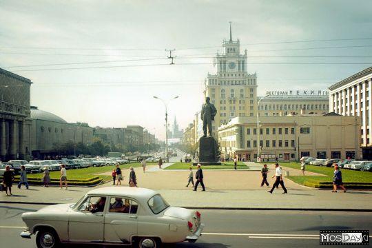 Триумфальная (пл. Маяковского) в конце 60-х.