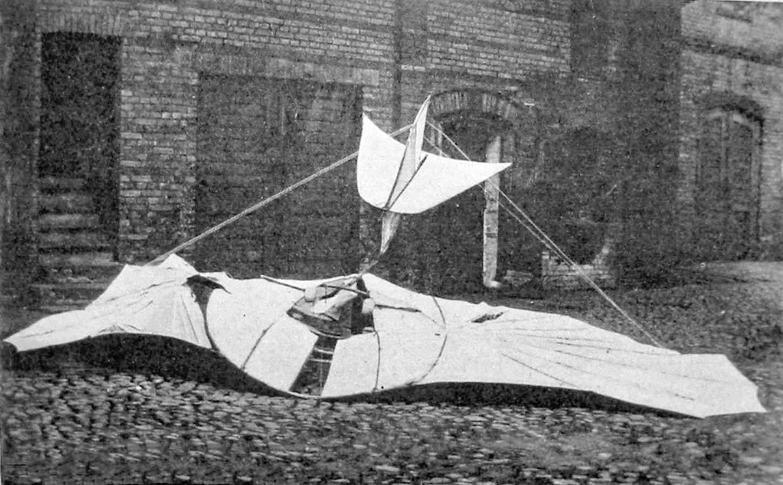 Отто Лилиенталь разбитый планер глайдер 1896